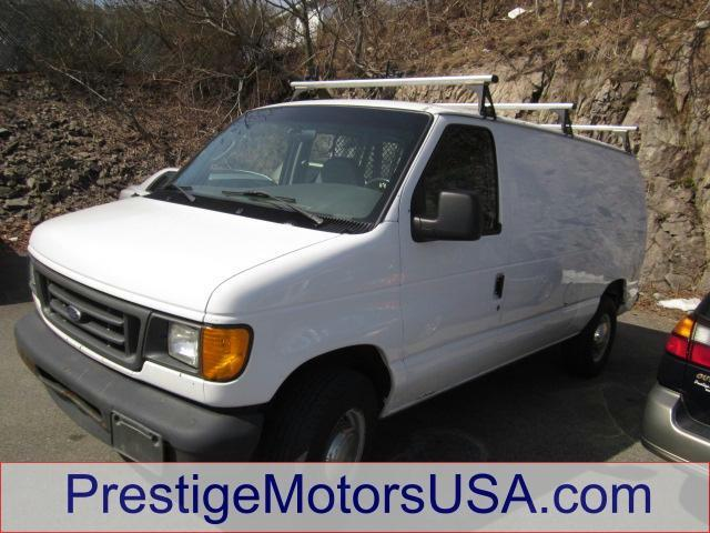 2003 FORD ECONOLINE oxford white - - - 2003 ford econoline cargo van e-250  - tilt wheel amfm st