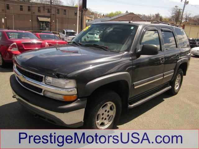2005 CHEVROLET TAHOE LT dark gray metallic - - - 2005 chevrolet tahoe 4dr 1500 4wd lt  - power win