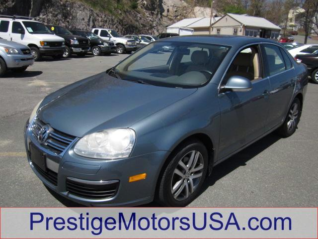 2006 VOLKSWAGEN JETTA 25L north sea green - - - 2006 volkswagen jetta sedan 4dr 25l auto pzev  -