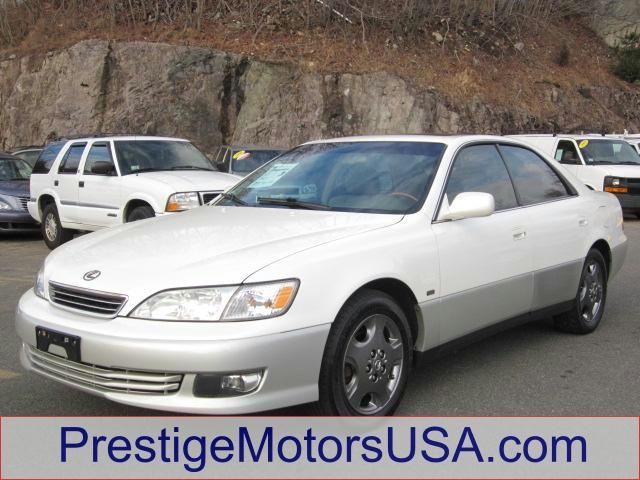 2001 LEXUS ES 300 diamond white pearl - - - 2001 lexus es 300 4dr sdn  - power windows power door
