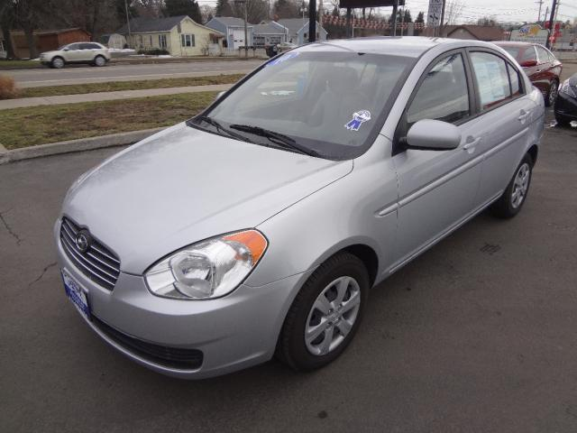 Tothego - 2010 Hyundai Accent_1
