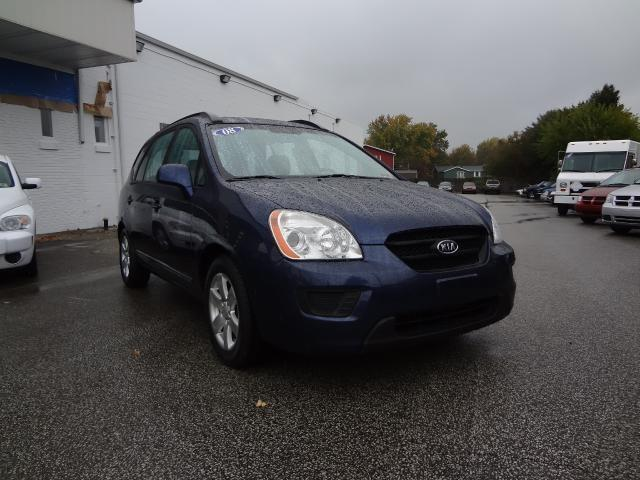 Tothego - 2008 Kia Rondo_1