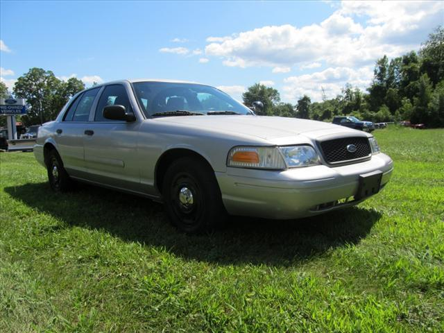 2005 Ford Crown Victoria 3667