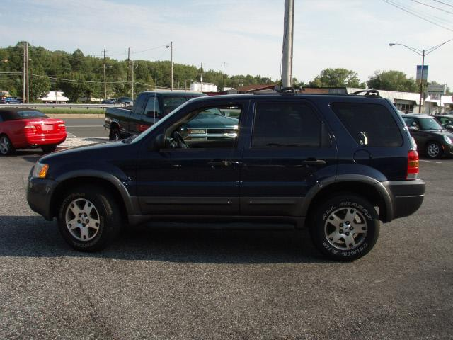 Image 12 of 2003 Ford Escape XLT…