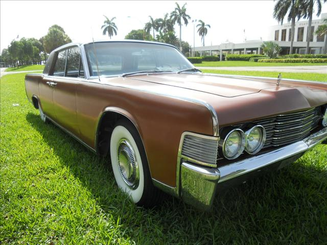 1965 lincoln continental 908 ne 4th ave ft lauderdale. Black Bedroom Furniture Sets. Home Design Ideas