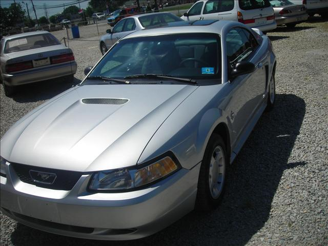 Image 14 of 1999 Ford Mustang Base…