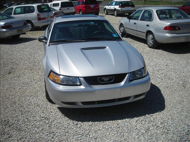 Image 17 of 1999 Ford Mustang Base…