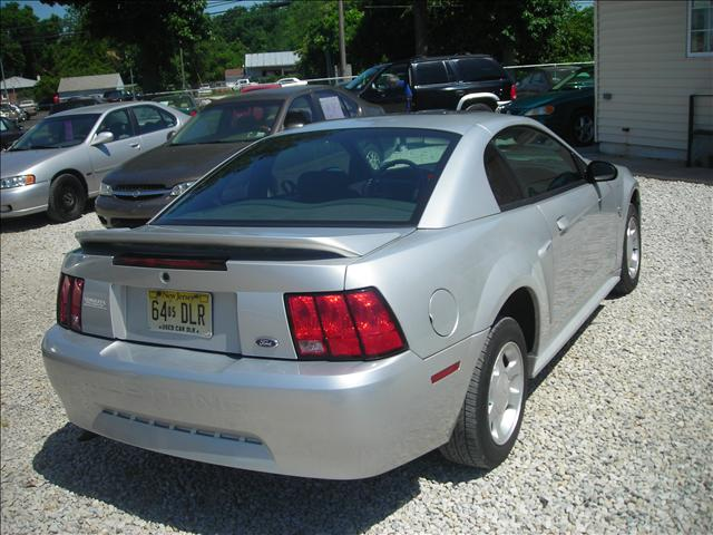 Image 20 of 1999 Ford Mustang Base…
