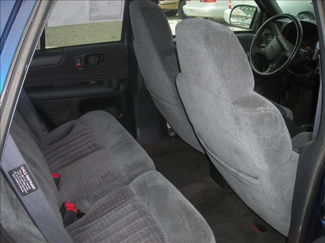 Image 4 of 1999 Chevrolet Blazer…