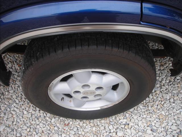 Image 5 of 1999 Chevrolet Blazer…