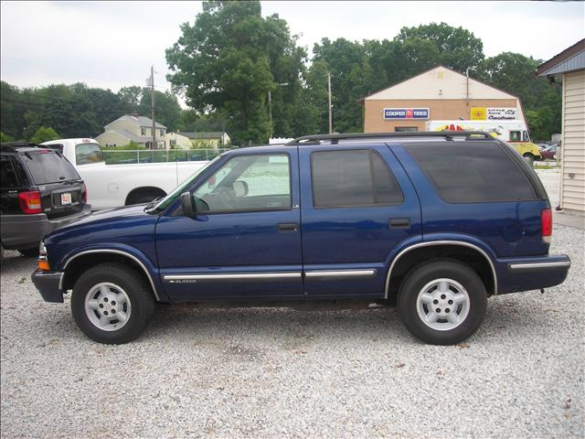 Image 10 of 1999 Chevrolet Blazer…