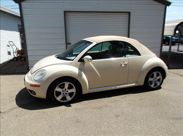 2006 Volkswagen New Beetle 2.5 Convertible For Sale In Junction City ...