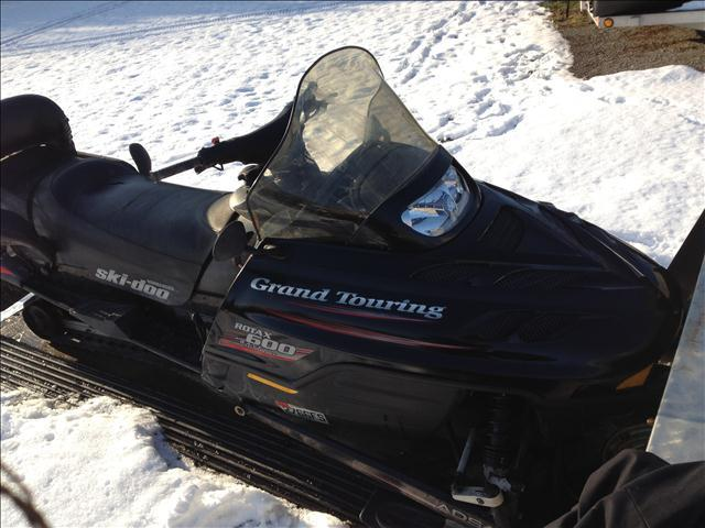 2000 Skidoo Grand Touring 2up - LEROY NY