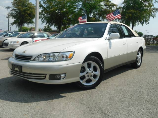 used 2001 lexus es 300 for sale 2690 hammondville rd pompano beach fl 33069 used cars for sale. Black Bedroom Furniture Sets. Home Design Ideas