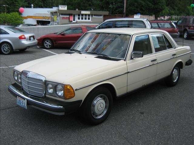 1980 mercedes benz 240 23410 hwy 99 edmonds wa 98026 for 240 mercedes benz for sale
