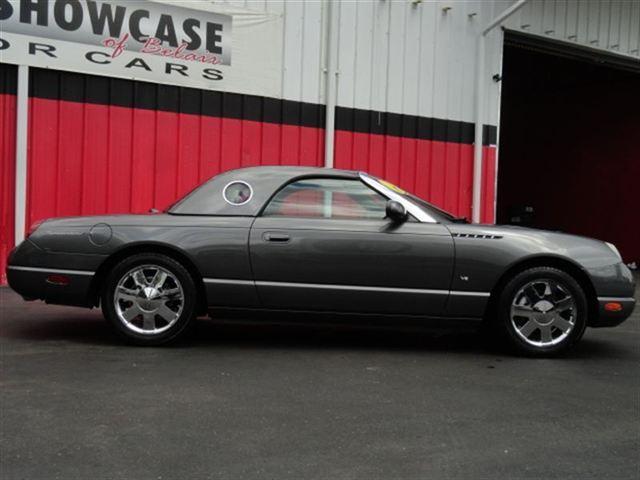 Image 12 of 2003 Ford Thunderbird…