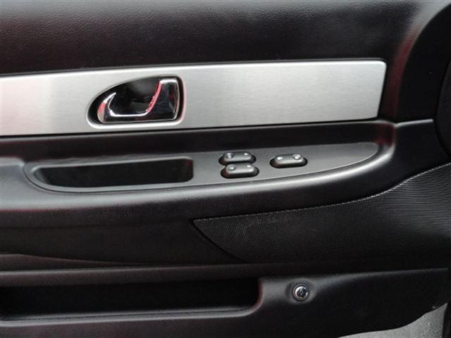 Image 21 of 2003 Ford Thunderbird…