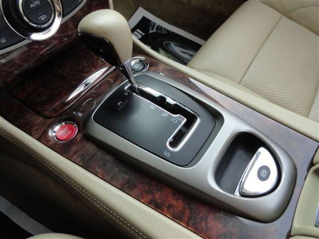 Image 11 of 2007 Jaguar XK XK8 Convertible…