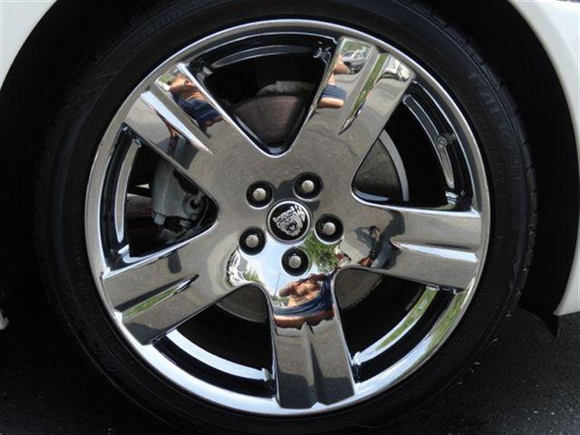 Image 16 of 2007 Jaguar XK XK8 Convertible…