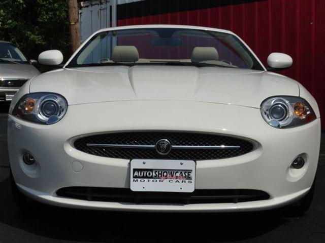 Image 20 of 2007 Jaguar XK XK8 Convertible…