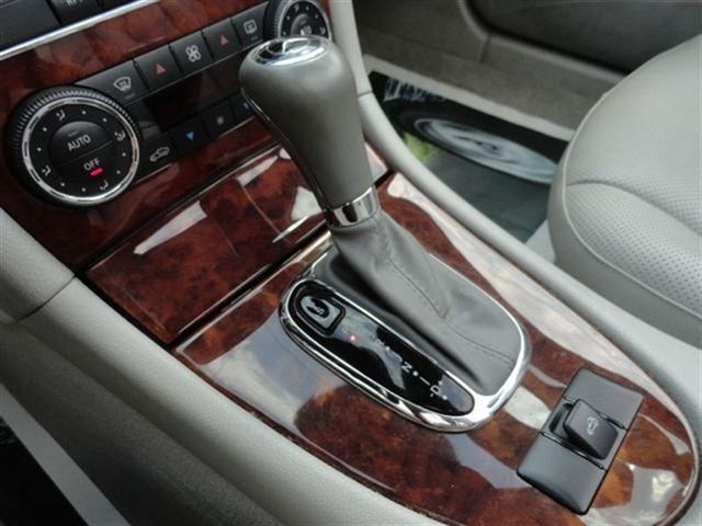 Image 13 of 2005 Mercedes-Benz CLK…