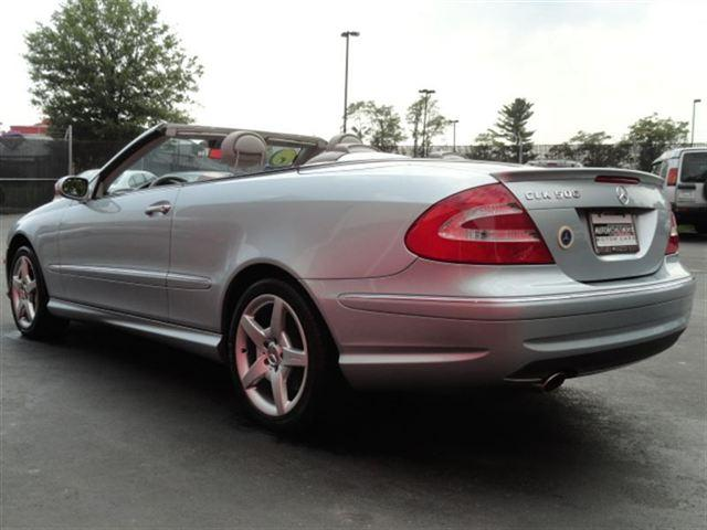Image 23 of 2005 Mercedes-Benz CLK…