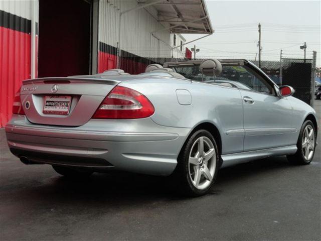 Image 25 of 2005 Mercedes-Benz CLK…