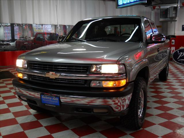 2000 Chevrolet Silverado 2500 LT 4x4 - Wheeling IL