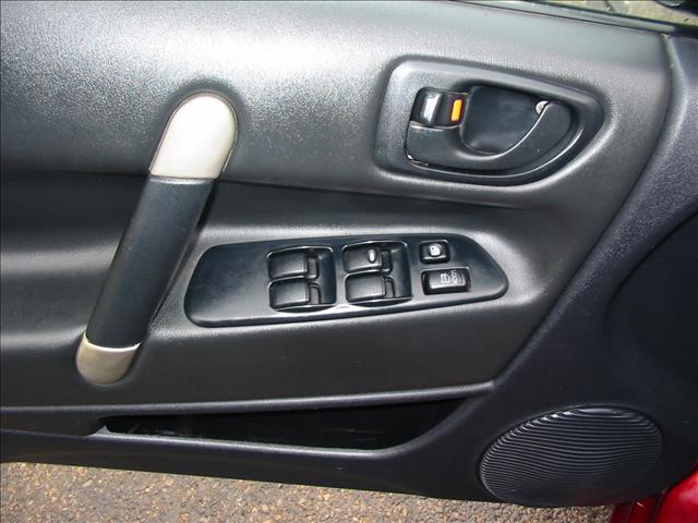 Image 8 of 2001 Mitsubishi Eclipse…