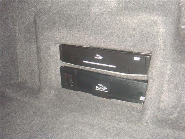 Image 13 of 2001 Jaguar XKR Convertible…