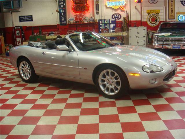Image 18 of 2001 Jaguar XKR Convertible…