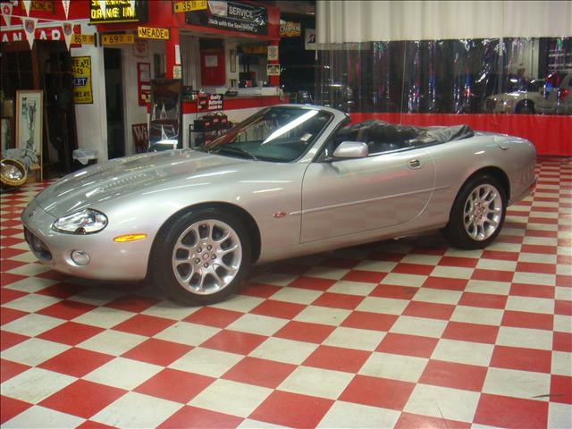 Image 19 of 2001 Jaguar XKR Convertible…