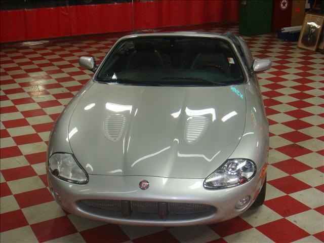 Image 20 of 2001 Jaguar XKR Convertible…