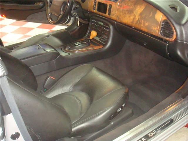 Image 26 of 2001 Jaguar XKR Convertible…