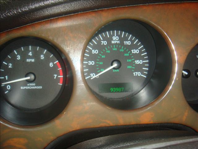 Image 27 of 2001 Jaguar XKR Convertible…