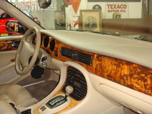 Image 33 of 1999 Jaguar XJ8 XJ8…