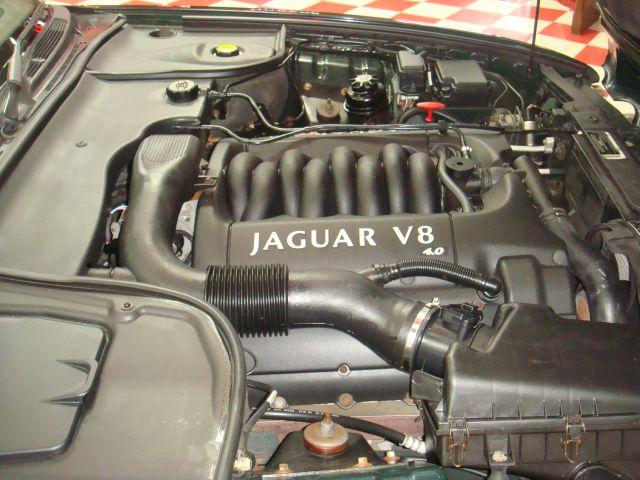 Image 39 of 1999 Jaguar XJ8 XJ8…