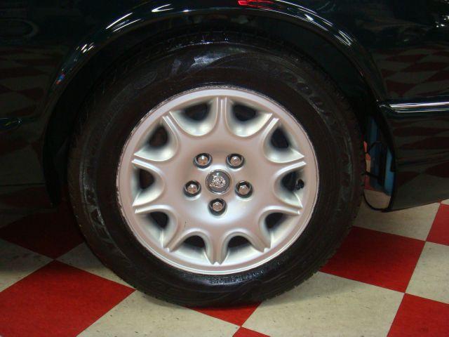 Image 42 of 1999 Jaguar XJ8 XJ8…