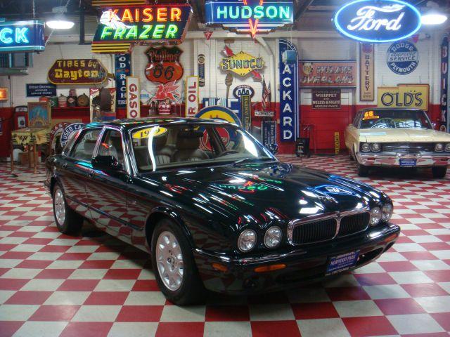 Image 44 of 1999 Jaguar XJ8 XJ8…