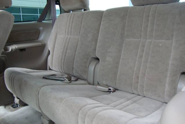 Image 5 of 2001 Toyota Sienna LE…
