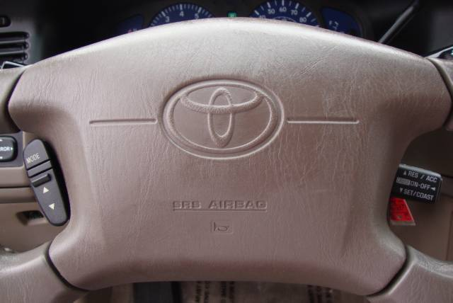 Image 18 of 2001 Toyota Sienna LE…