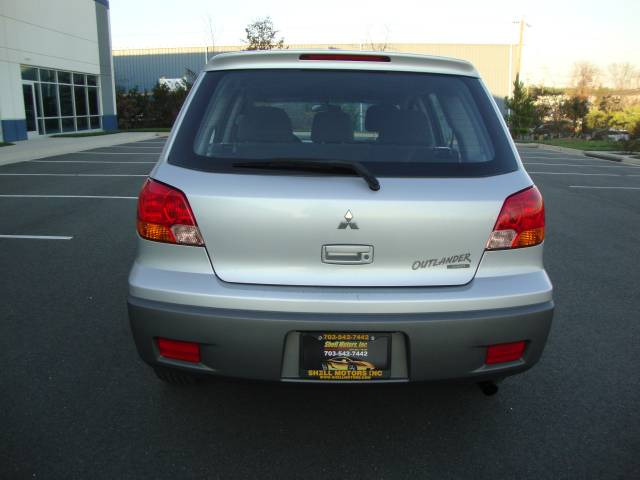 Image 46 of 2003 Mitsubishi Outlander…