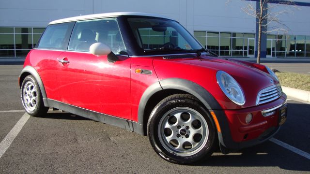 Image 1 of 2003 Mini Cooper 4-Cylinder…