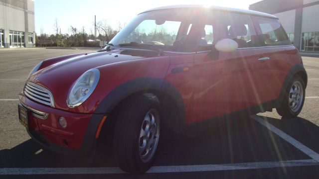 Image 18 of 2003 Mini Cooper 4-Cylinder…