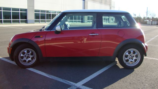 Image 19 of 2003 Mini Cooper 4-Cylinder…