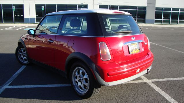Image 20 of 2003 Mini Cooper 4-Cylinder…