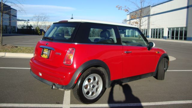Image 22 of 2003 Mini Cooper 4-Cylinder…