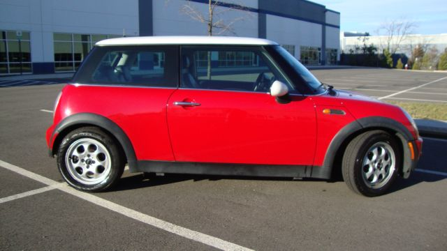 Image 23 of 2003 Mini Cooper 4-Cylinder…