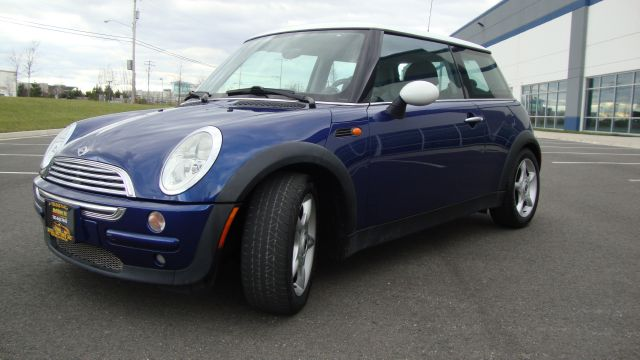 Image 28 of 2003 Mini Cooper 4-Cylinder…
