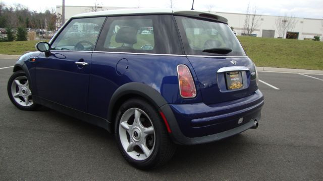 Image 30 of 2003 Mini Cooper 4-Cylinder…